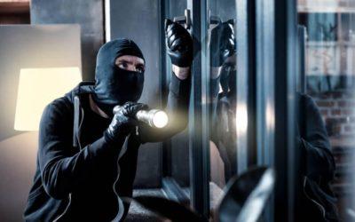Comment protéger sa maison d'un cambriolage ?